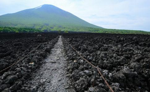 かつて活火山だった岩手山