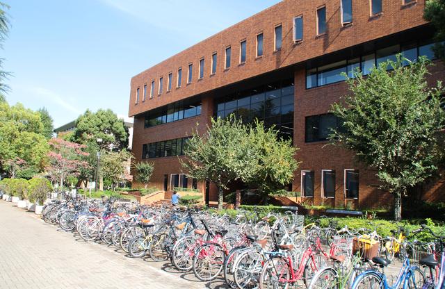 大学の施設