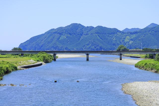 三重・銚子川