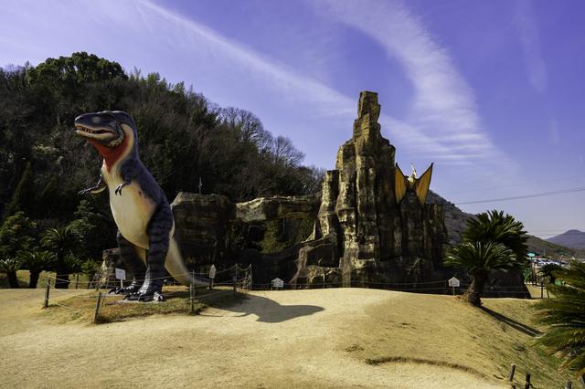恐竜のオブジェ