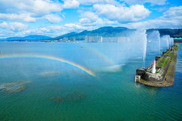 ミシガンから琵琶湖を望む