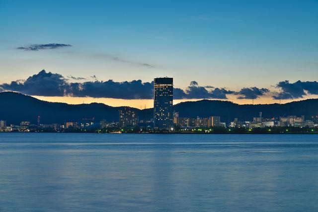 滋賀県草津市からの琵琶湖の景色