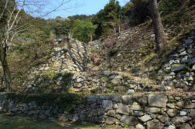 安土城址の石垣(滋賀)