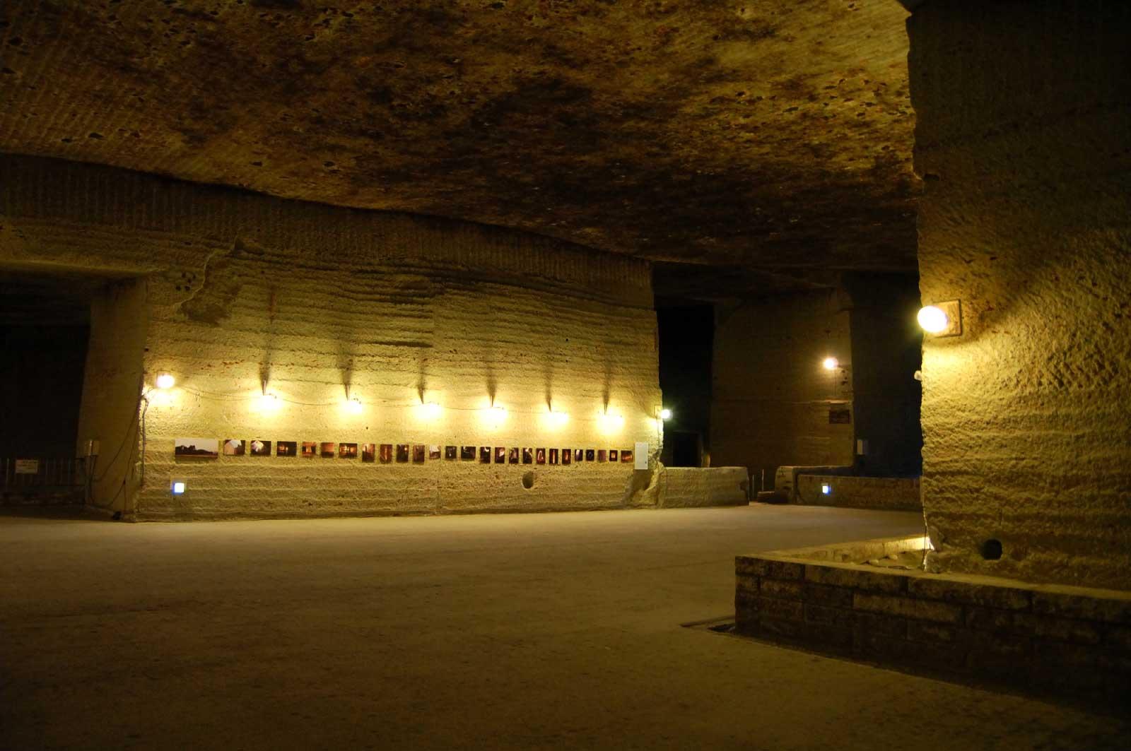 採石場跡を利用した、採石に関する資料館