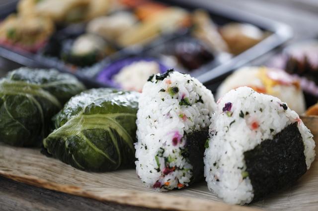 おにぎりとめはり寿司