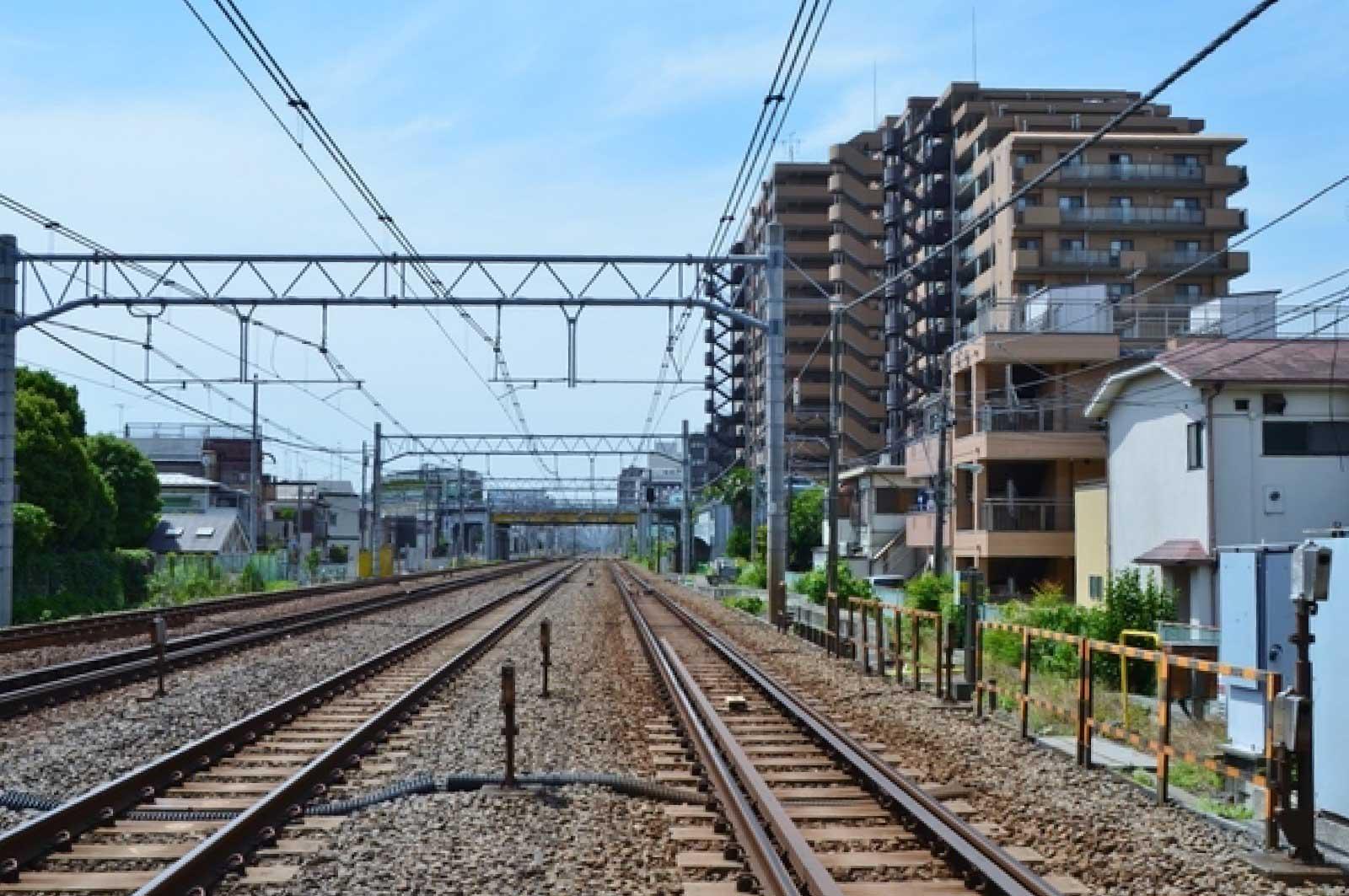 蒲田を走る電車の車窓から