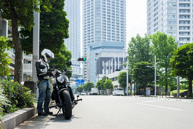 カワサキのバイクで神戸を走る