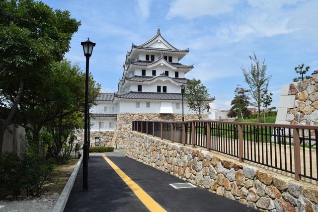 尼崎駅からも近い「尼崎城」