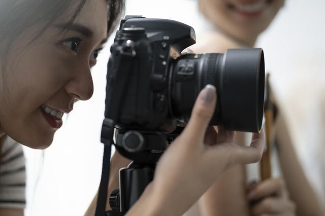 カメラが趣味の女子大生