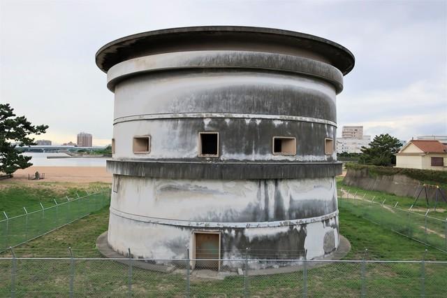 高さ約12メートルの西宮砲台