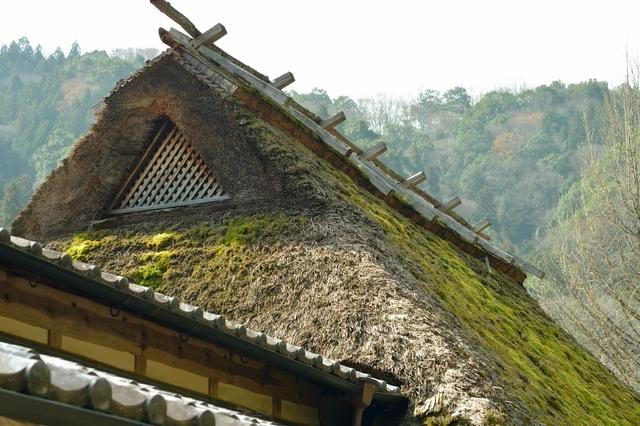 三州足助屋敷で見た茅葺屋根