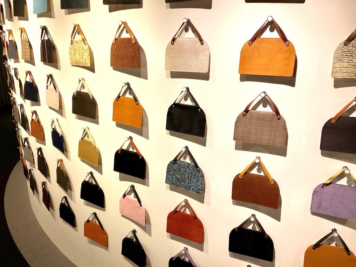 可愛い鞄のオブジェ(世界のカバン博物館)