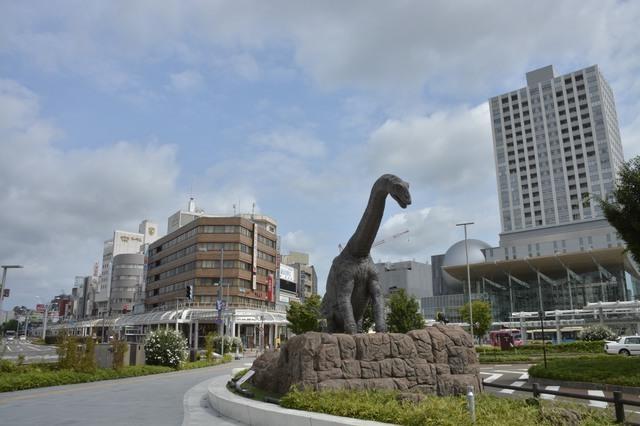 福井にある恐竜のモニュメント