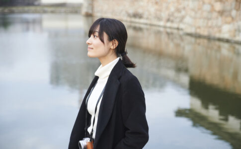 広島城に佇む彼女