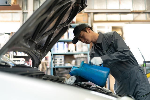 自営業の自動車整備士