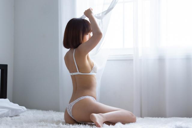 童貞には刺激的な女性の下着姿
